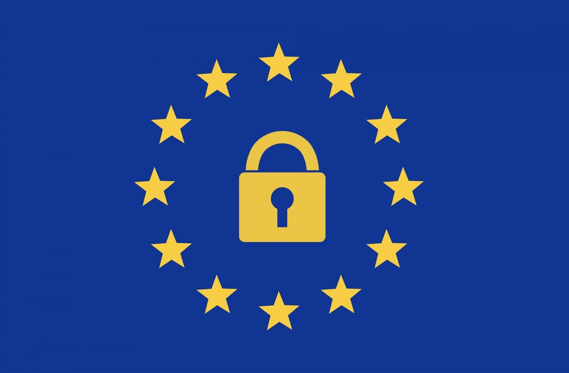 Bild: Europäische Flagge mit einem Vorhängeschloss in der Mitte zwischen den Sternen