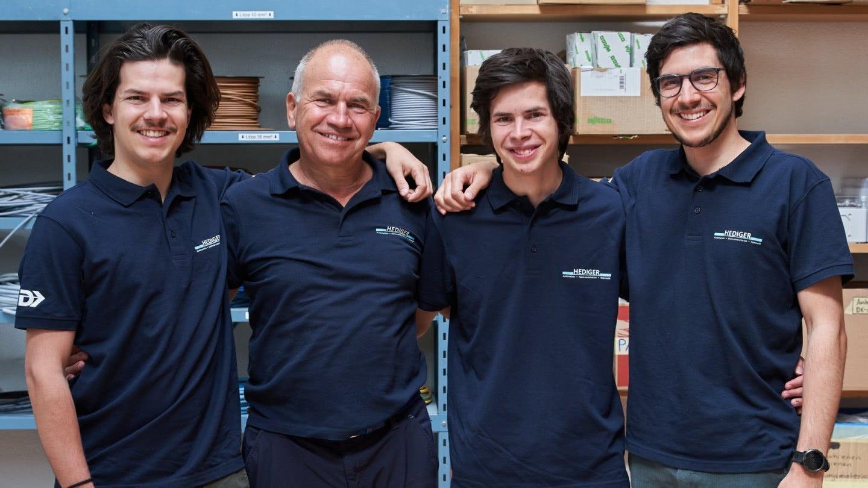 Markus Hediger mit den 3 Söhnen.