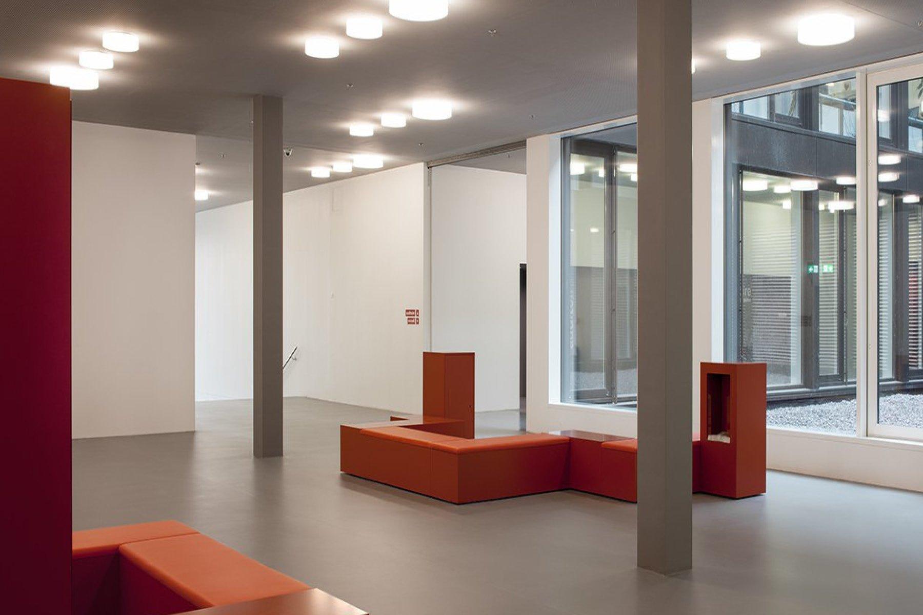 Foyer vom Microcity Gebäude