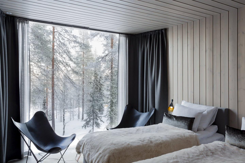 arctic-treehouse-hotel_winter_studio-puisto_photos-marc-goodwin-7.jpg