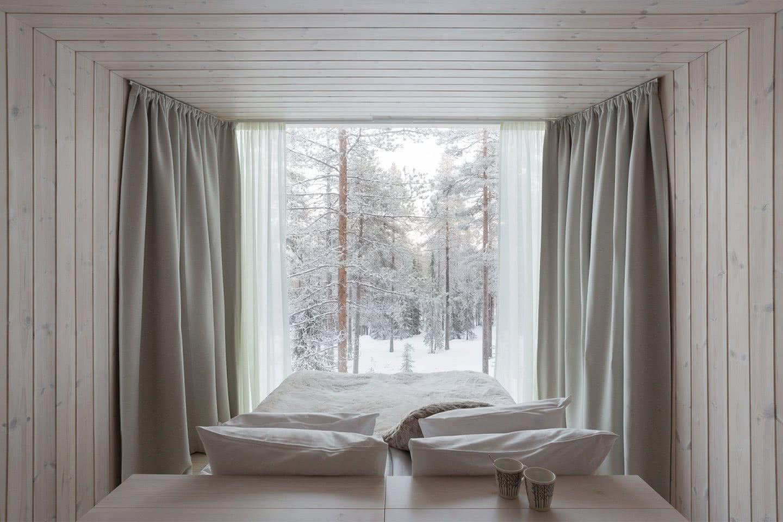 ARCTIC TREEHOUSE HOTEL_winter_Studio Puisto_photos Marc Goodwin (11)