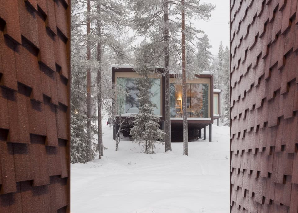 ARCTIC TREEHOUSE HOTEL_winter_Studio Puisto_photos Marc Goodwin (15)