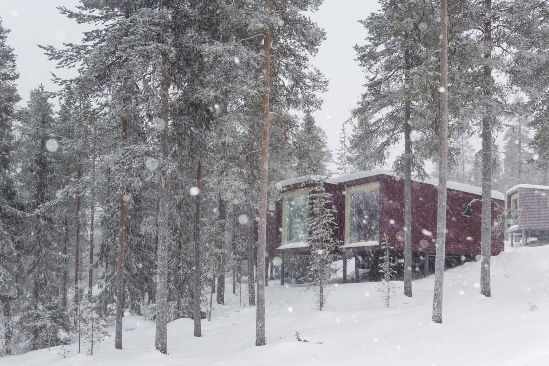 ARCTIC TREEHOUSE HOTEL_winter_Studio Puisto_photos Marc Goodwin (21)