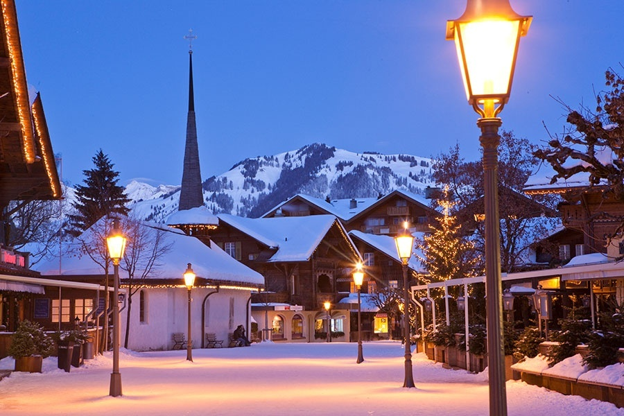 Gstaad Promenade Nacht