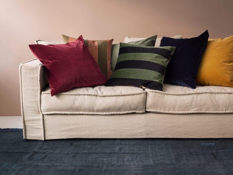 Ob an Wänden, Möbeln oder Wohnaccessoires– Farben bringen Frische in die Wohnung, beeinflussen die Stimmung positiv und schaffen erst noch viel Stil und Persönlichkeit.