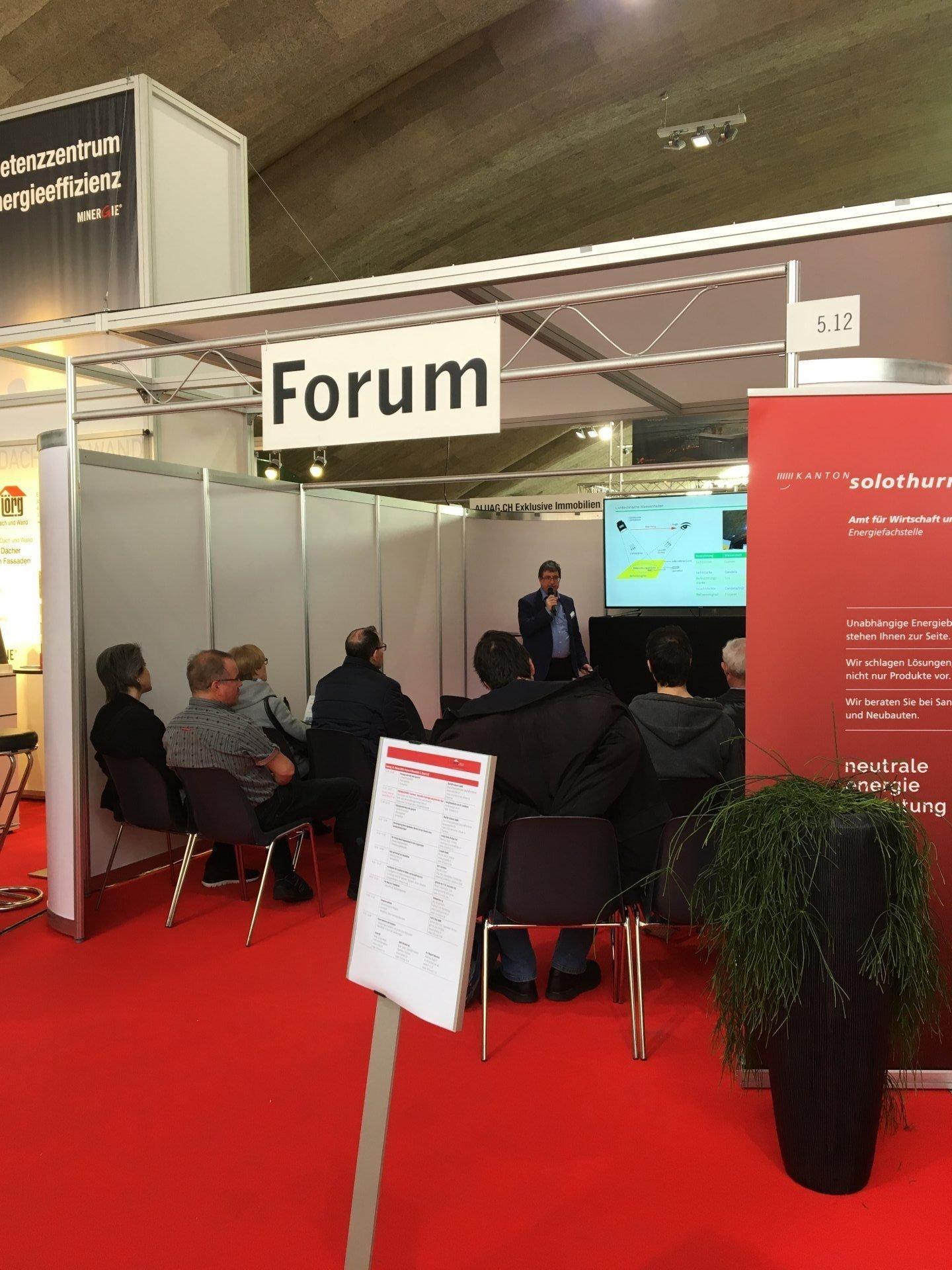 Fachpräsentationen im Forum