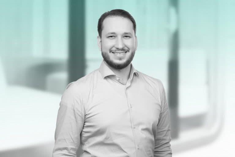 Oliver Dabic, Service Desk Manager
